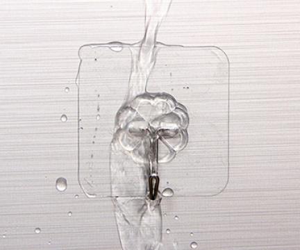 Cách xử lý móc dán tường bị bong gắn chặt hơn