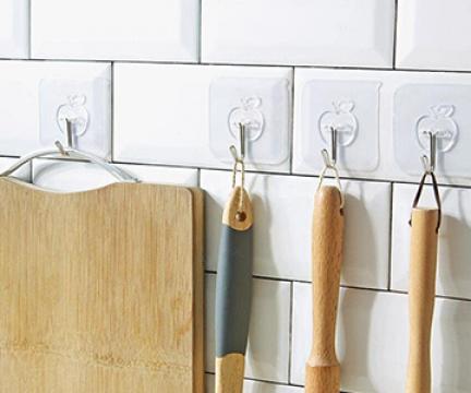 Kinh nghiệm chọn móc dán tường trong suốt cho phòng bếp